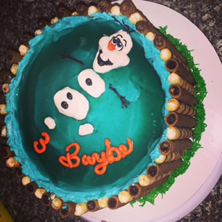 Finished Frozen Olaf cake.